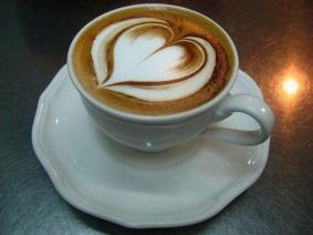 latte-art-kak-delat-risunki-na-kofe-foto-7